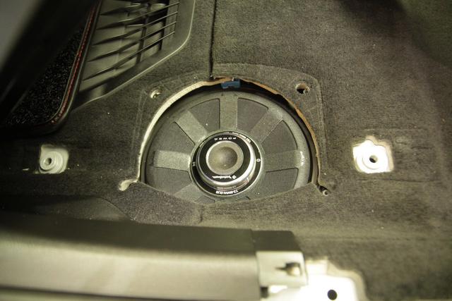 舒缓节奏 宝马 528汽车音响改装美国来福宝马 三分频